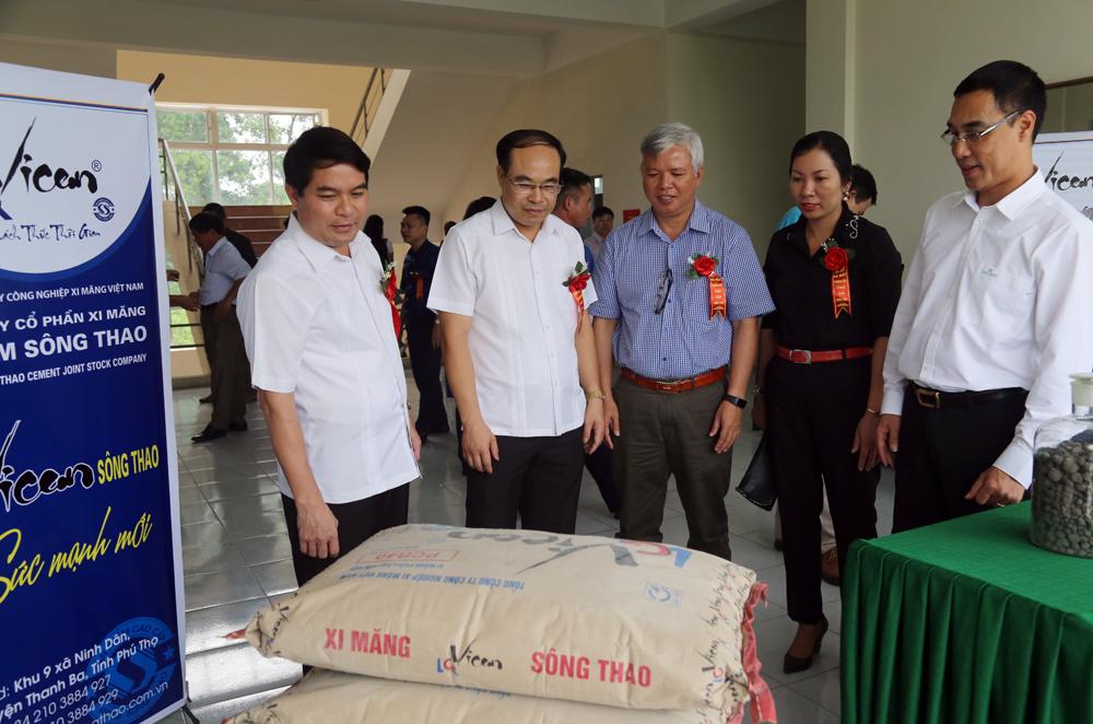 """Tổ chức thành công Lễ ra mắt """"THƯƠNG HIỆU XI MĂNG VICEM SÔNG THAO"""""""
